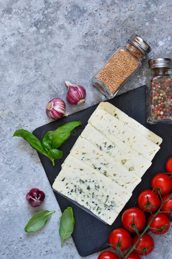 Ingredientes para la salsa Fondo italiano del alimento imagen de archivo