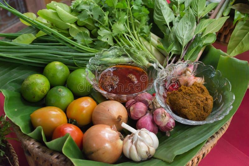 Ingredientes para tom yum foto de stock