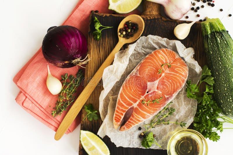 Ingredientes saudáveis do jantar fotos de stock royalty free