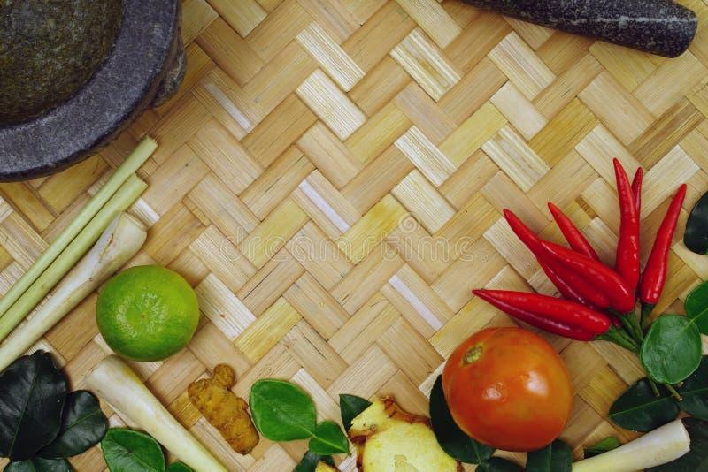 Ingredientes tailandeses populares para o alimento tailandês imagem de stock