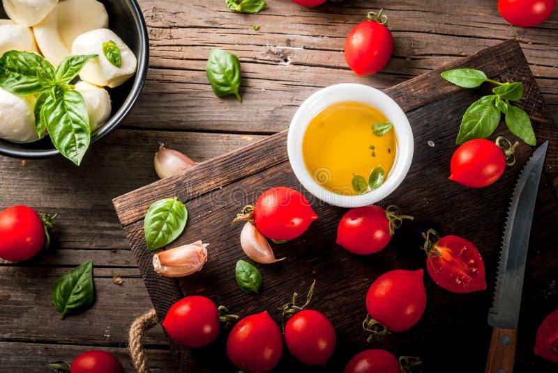 Ingredienti per alimento italiano fotografia stock
