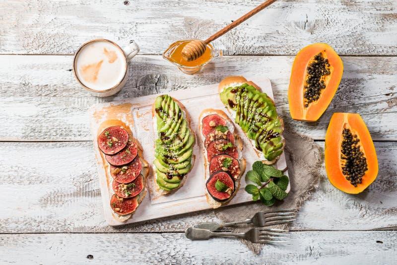 Ingredienti sani della prima colazione immagini stock