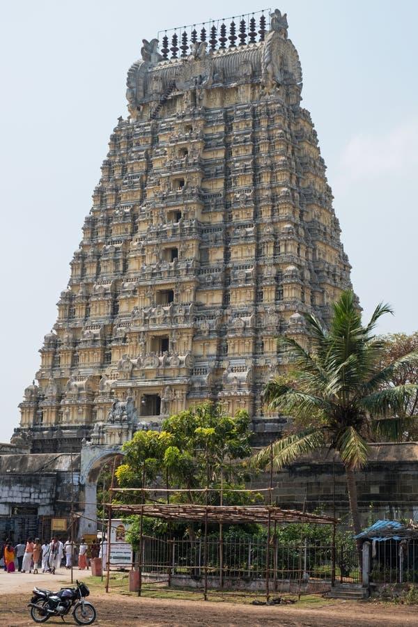 Ingresso alto del tempio a Kanchipuram, India fotografie stock