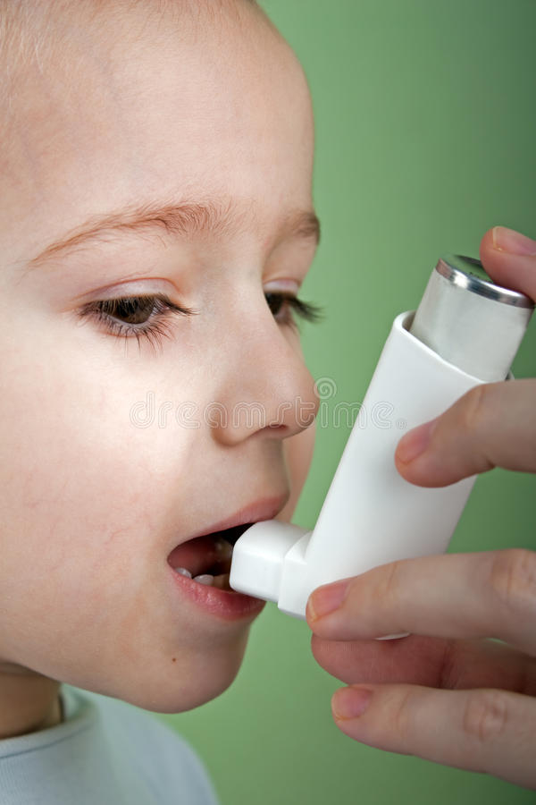 Inhalateur asthmatique images stock
