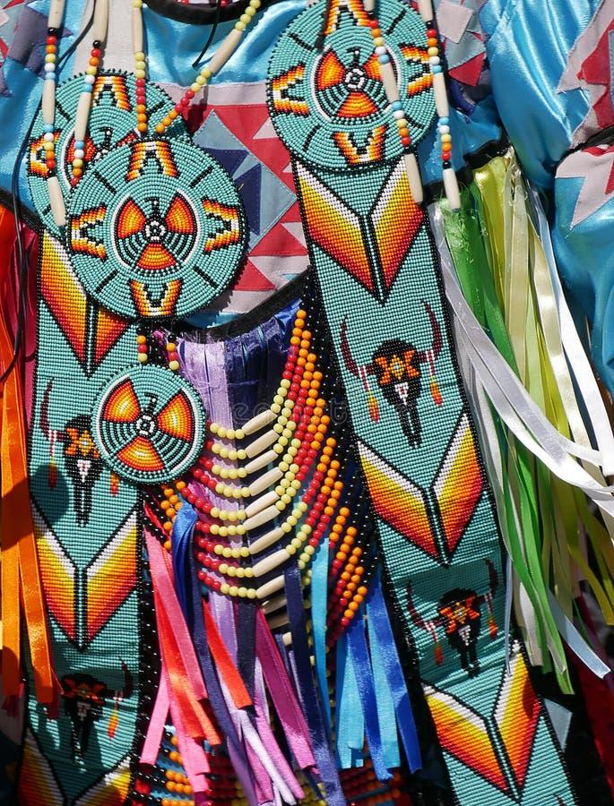 Inheems Amerikaans kostuum stock foto