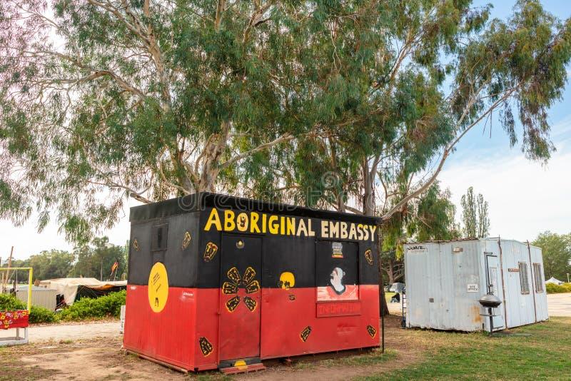 Inheems protestkamp buiten oud het Parlement Huis Canberra, het Hoofdgrondgebied van Australi?, HANDELING, Australi? stock foto's