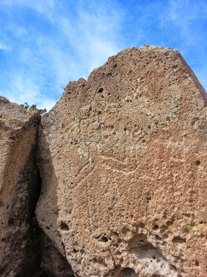 Inheemse Amerikaanse rotstekening Tsankawe New Mexico royalty-vrije stock afbeelding