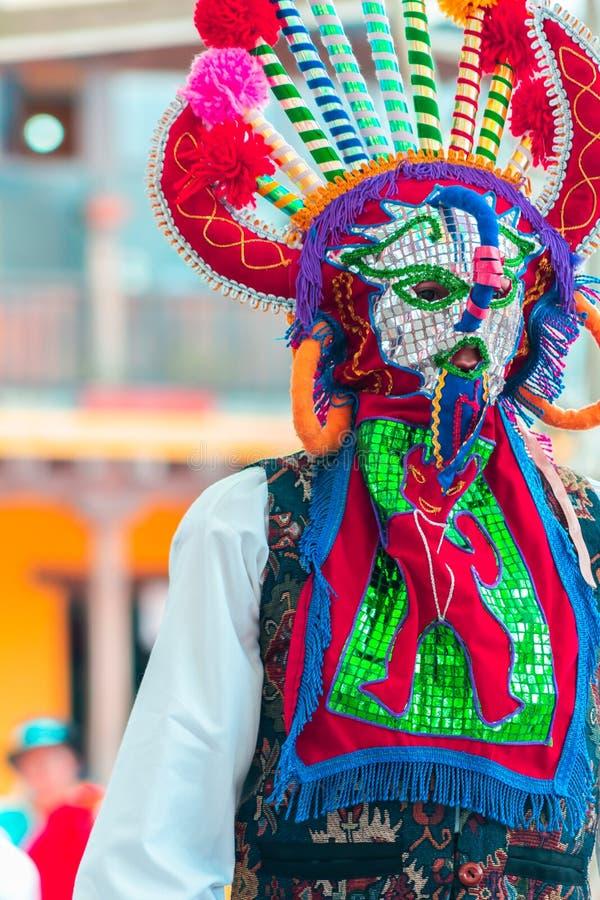 Inheemse dansers van Ecuador stock foto's