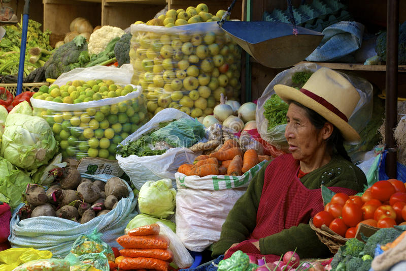 Inheemse markt Urubamba, Peru stock afbeeldingen