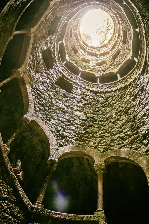 Inicjaci Well †'Sintra, Portugalia obrazy royalty free