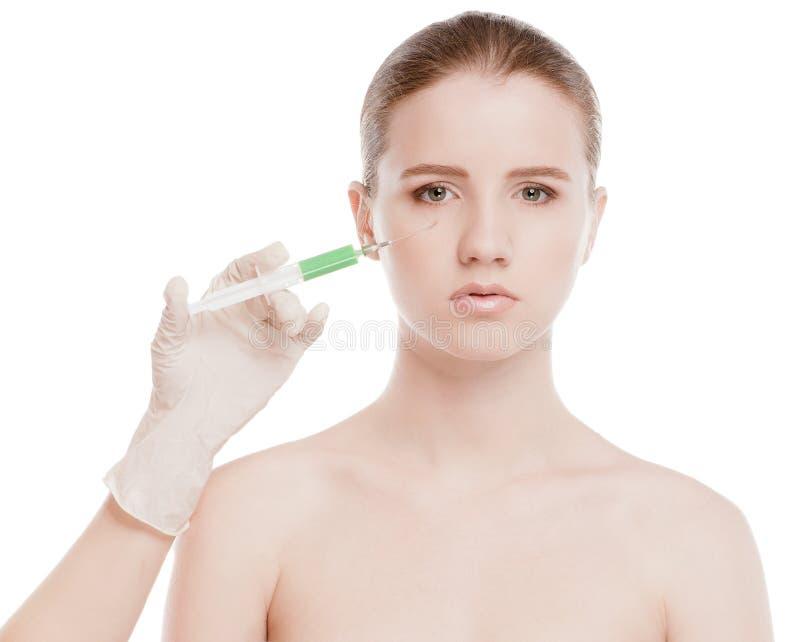 Iniezione cosmetica del botox in fronte fotografia stock libera da diritti