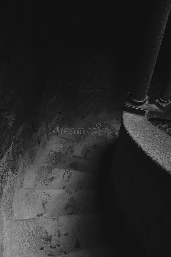 Initiatic gut am Regaleira-Treppen-Detail lizenzfreie stockfotos
