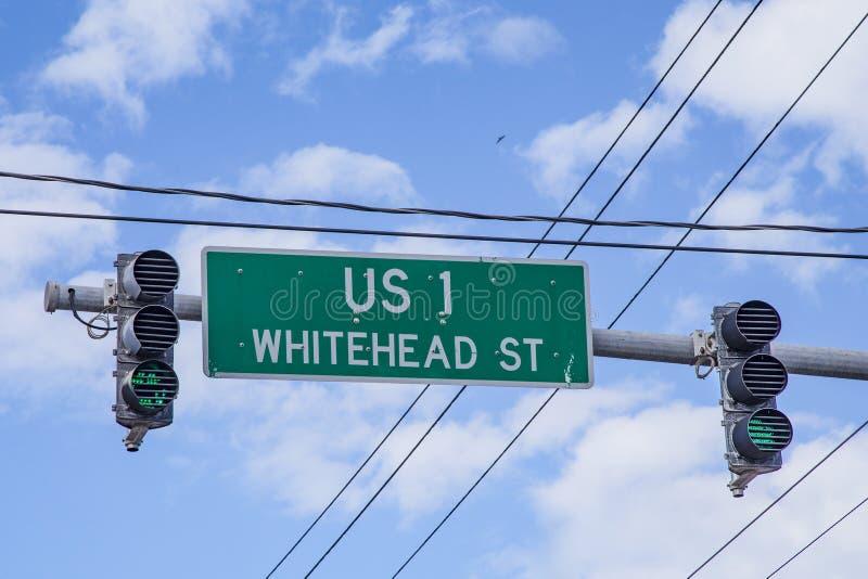 Inizio della strada principale degli Stati Uniti 1 in Key West alla via di Whitehead con la t immagine stock libera da diritti