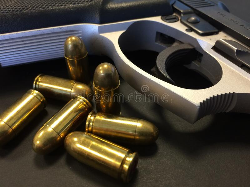 Injetor e balas fotos de stock
