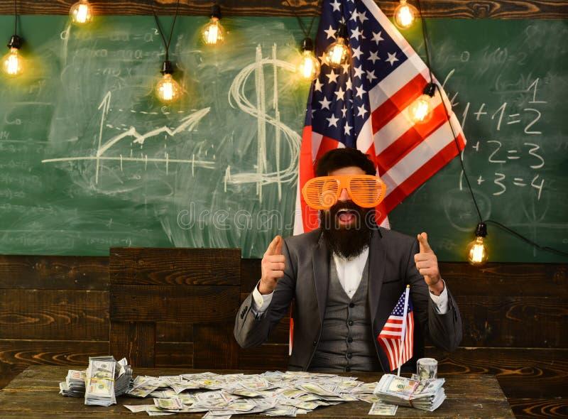 Inkomen planning van het beleid van de begrotingsverhoging Economie en financiën Patriottisme en vrijheid Amerikaanse onderwijshe royalty-vrije stock foto's