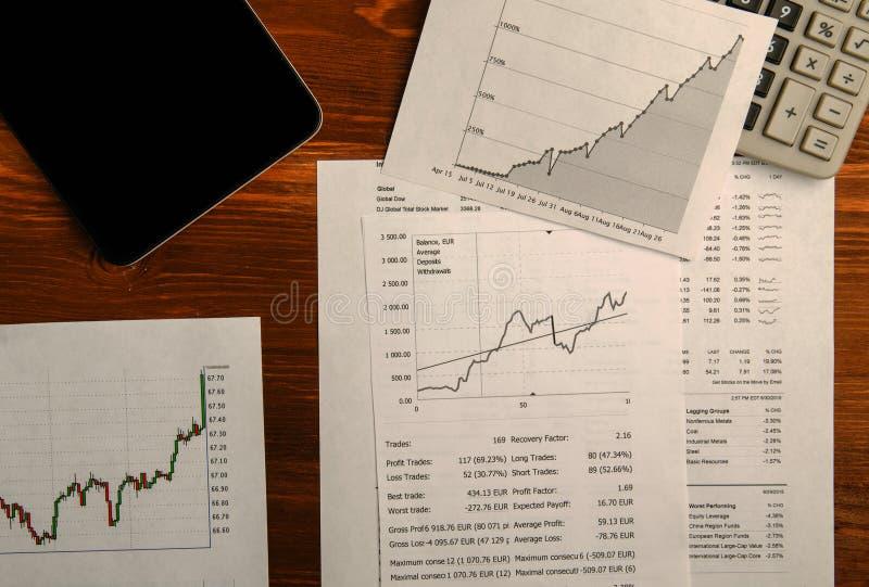 Inkomens van handel op de beurs royalty-vrije stock foto's