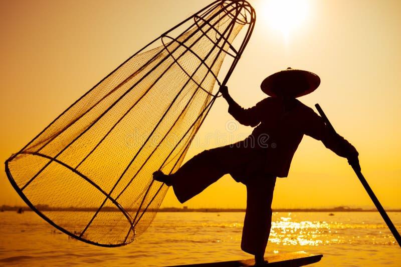 Inle湖的渔夫在缅甸在亚洲 免版税库存照片
