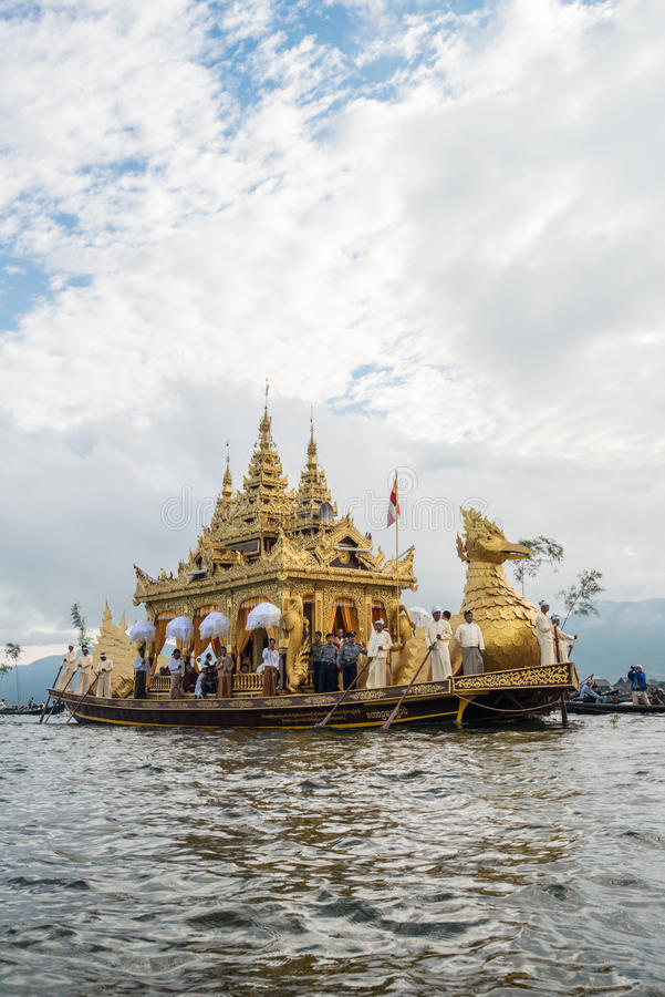 INLE-LAKE, MYANMAR - OCT 06 2014: The festival of Phaung Daw Oo Pagoda at Inle Lake is once a year are ceremonially rowed around t stock photography