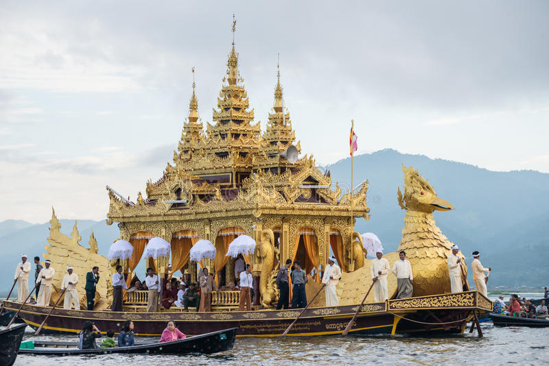 INLE-LAKE, MYANMAR - OCT 06 2014: The festival of Phaung Daw Oo Pagoda at Inle Lake is once a year are ceremonially rowed around t royalty free stock images