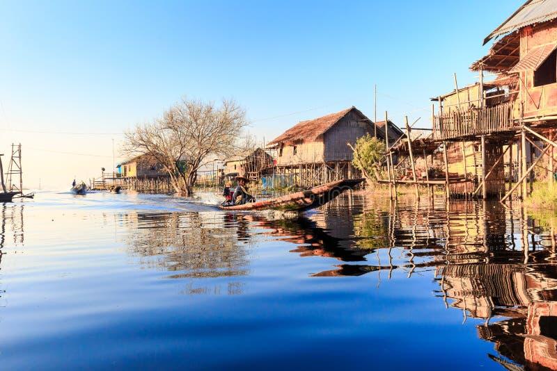 Inlemeer in Shan-staten stock foto