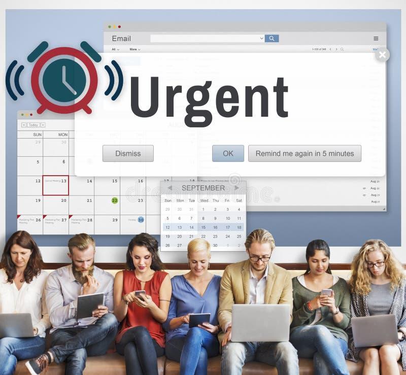 Inmediatamente concepto importante necesario urgente de la prioridad de la urgencia fotografía de archivo
