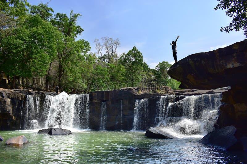 Innaffi la caduta, il viaggio stupefacente ed il punto di vista popolare in Tailandia fotografie stock libere da diritti