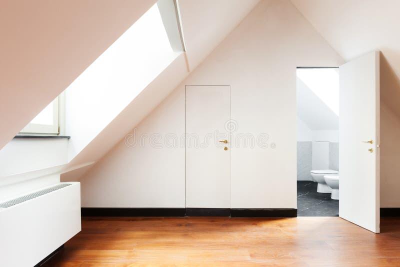Innen-, alter Dachboden lizenzfreies stockfoto