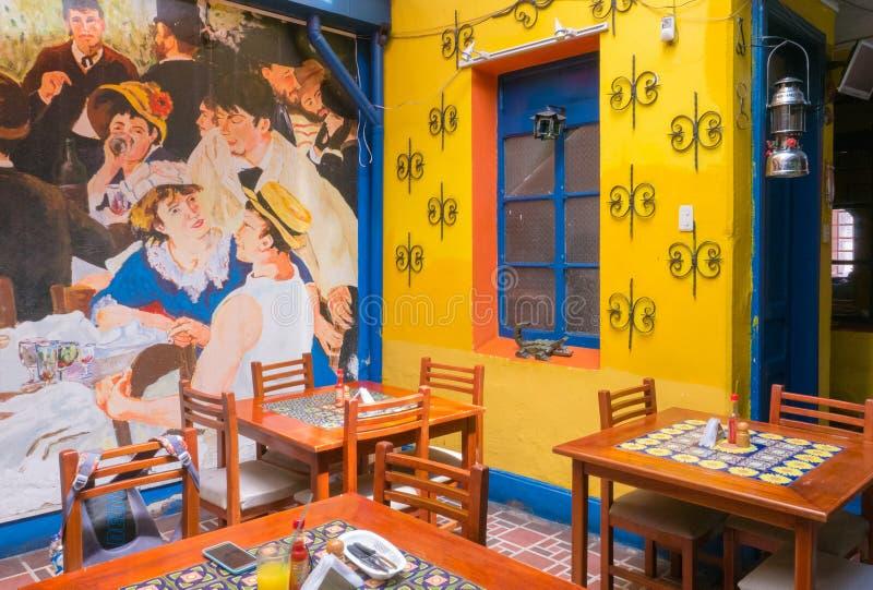 Innen-Bogota des typischen Restaurants des Candelaria-Bezirkes stockfotos