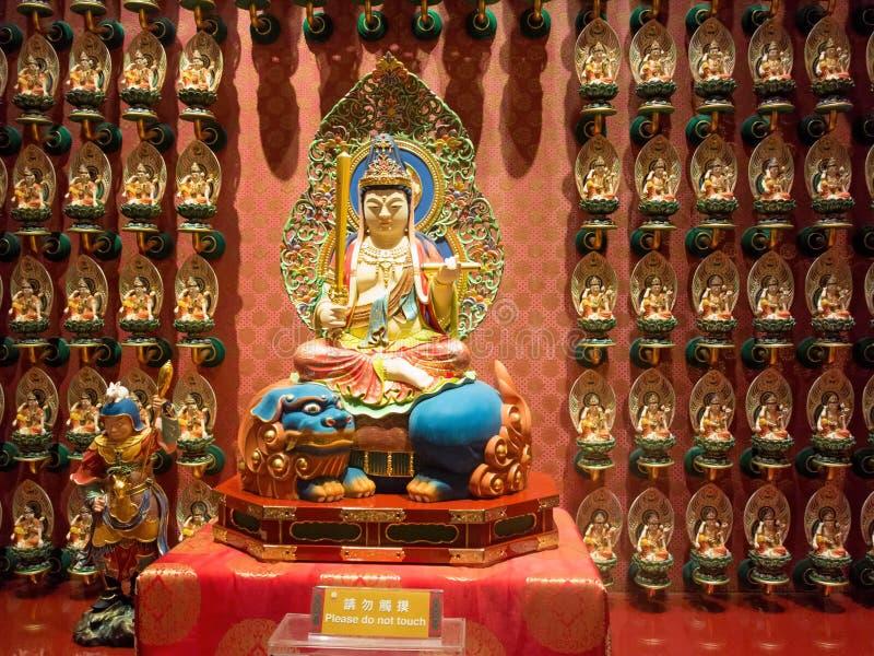 Innen-Buddha-Zahn-Relikt-Tempel, Singapur stockbild