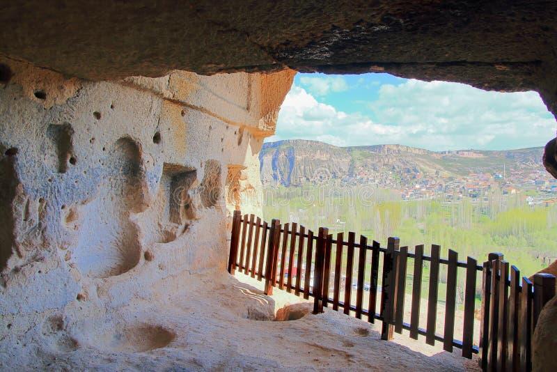 Innenansicht die Höhle des Klosters Selim in Cappadocia stockfotos