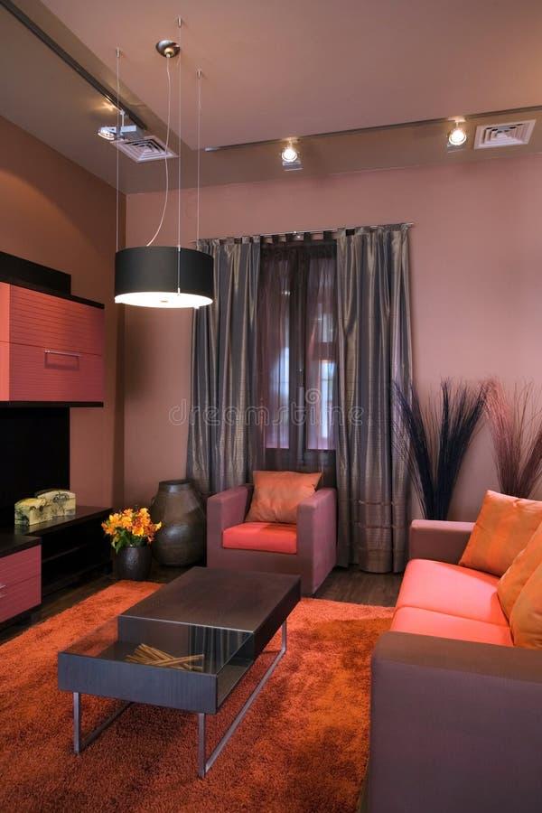 Innenarchitektur des schönen und modernen Wohnzimmers. lizenzfreie stockfotografie