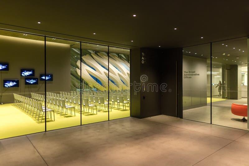 Innenraum breiten zeitgenössischen Art Museums stockfoto