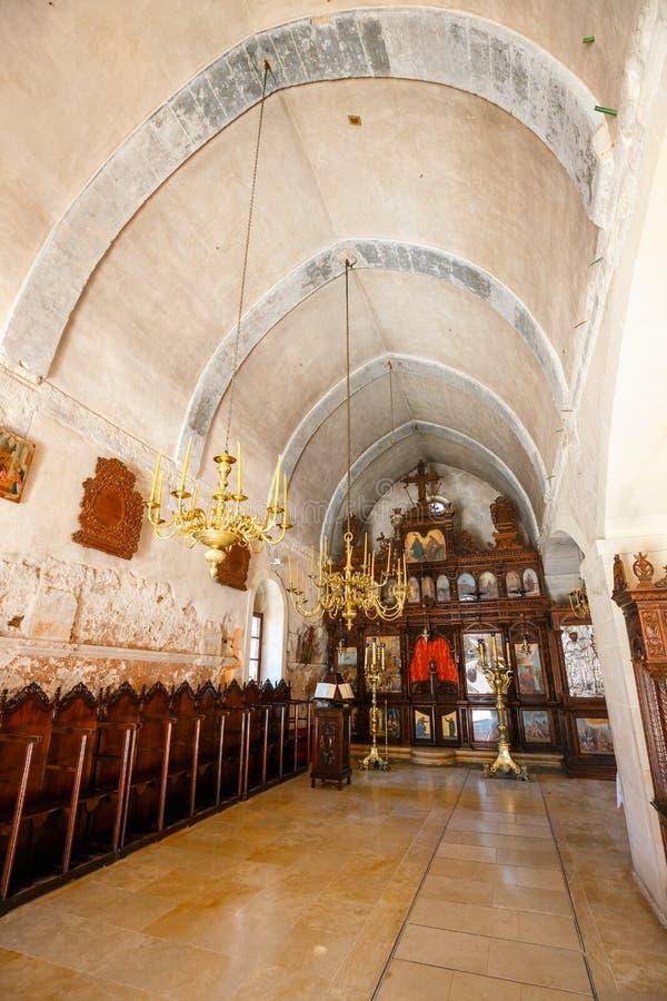 Innenraum der Basilika von Arkadi Monastery auf Kreta, Griechenland stockbild