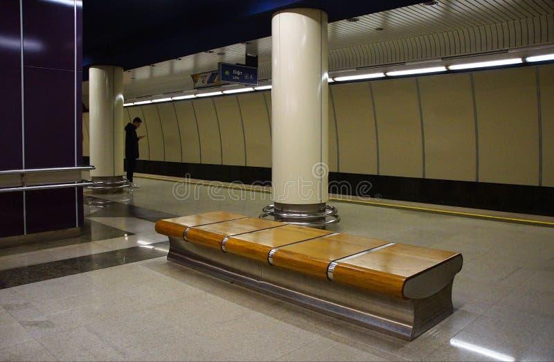 Innenraum der Metrostation Mikhalovo in Minsk lizenzfreies stockbild