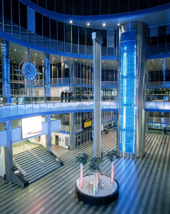 Innenraum der modernen Architektur stockbilder