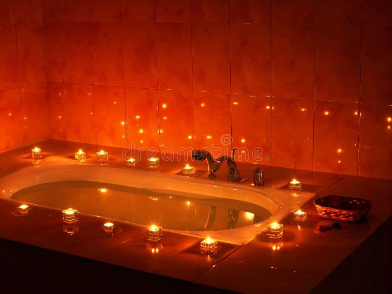 Innenraum der Sauna mit Kerze. stockfotos
