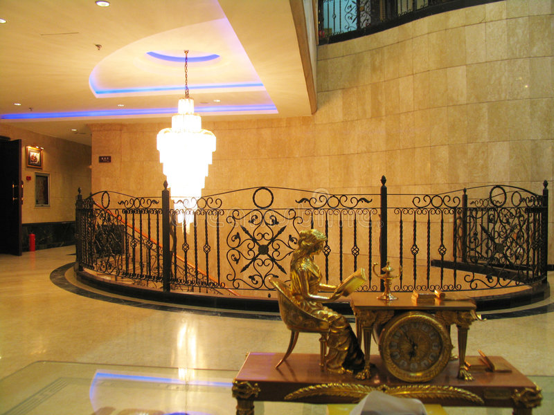 Innenraum in der Stilettmodernistart stockfoto