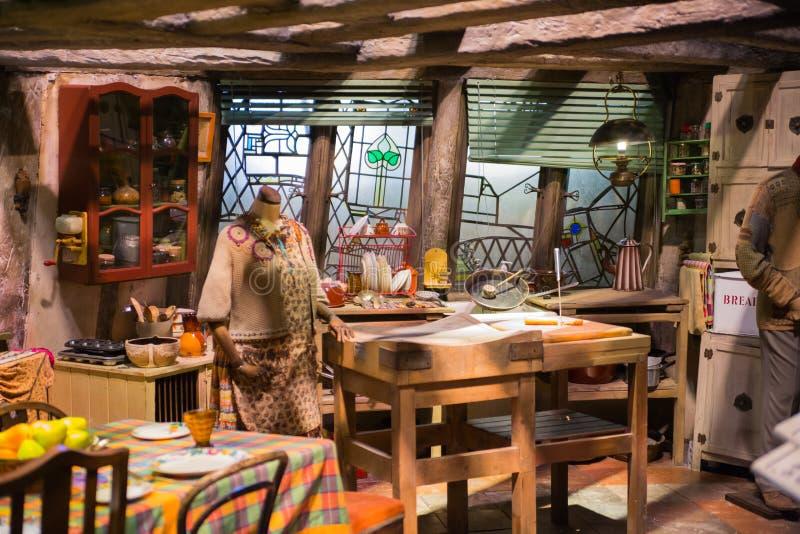 Innenraum des Baus, Haus für Weasleys Dekoration von Warner Brothers Studio Großbritannien lizenzfreies stockfoto