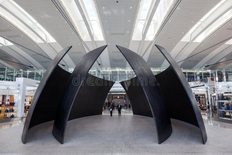 Innenraum des internationalen Flughafens Torontos lizenzfreies stockfoto