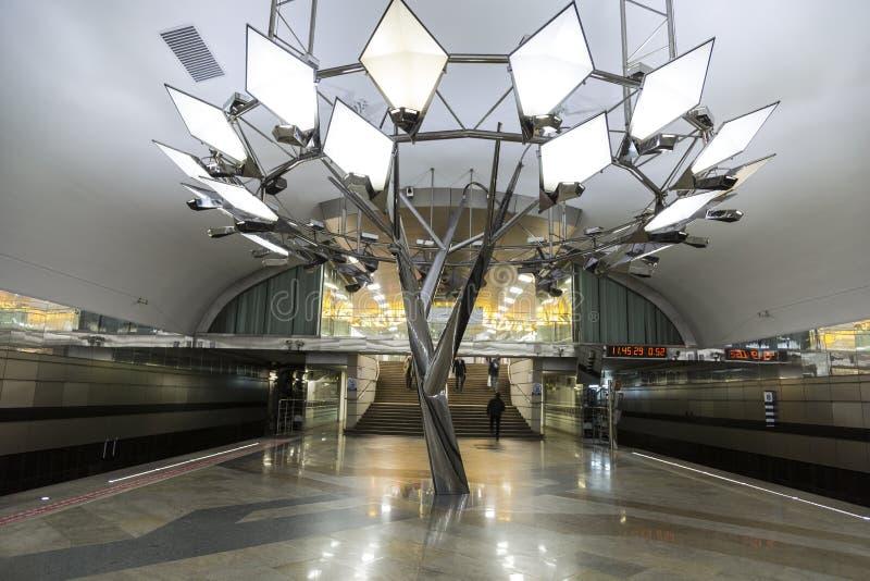 Innenraum des Metrostation ` Troparevo-`, Moskau, lizenzfreie stockfotografie