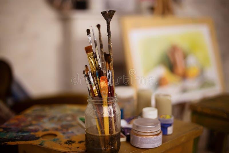 Innenraum des Studios des Künstlers lizenzfreies stockfoto