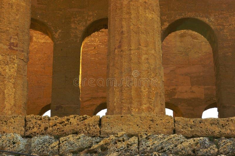 Innenraum des Tempels in Agrigent lizenzfreies stockfoto