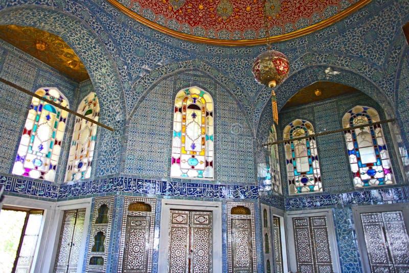 Innenraum des Topkapi-Palastes in Istanbul stockfotografie