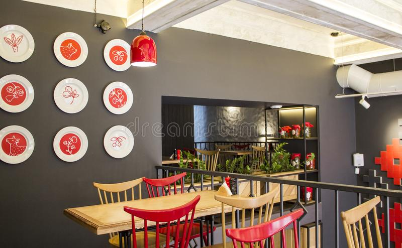 Innenraum des ukrainischen Cafés Der Innenraum des Restaurants lizenzfreies stockbild