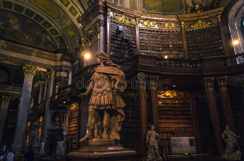 Innenraum des Zustandes Hall der österreichischen Nationalbibliothek lizenzfreies stockfoto