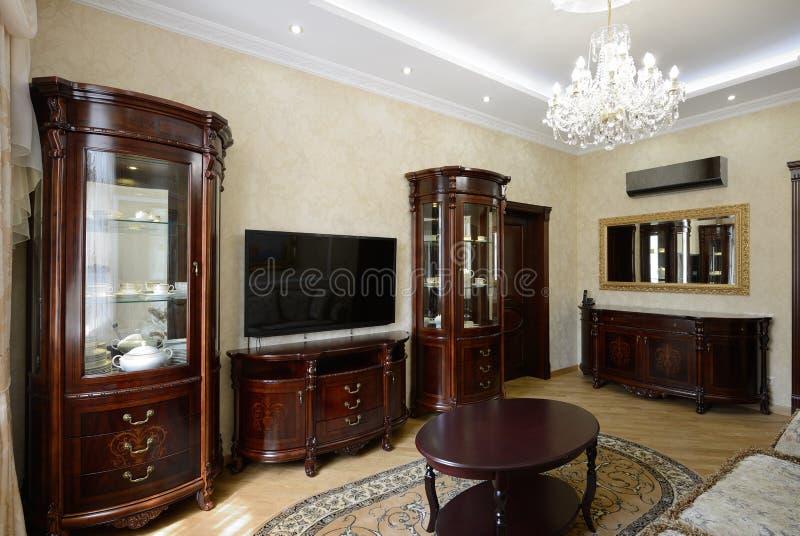 Innenraum eines Luxuswohnzimmers lizenzfreies stockfoto