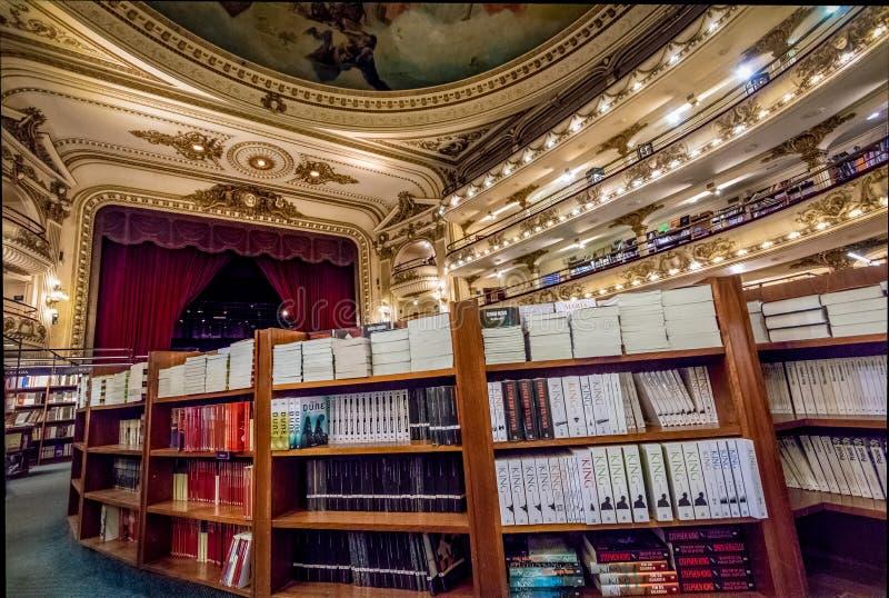 Innenraum großartiger herrlicher Buchhandlung EL Ateneo - Buenos Aires, Argentinien stockbilder