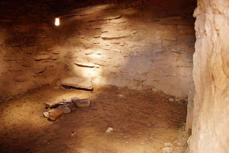Innenraum von Anasazi-Pueblo stockfotos