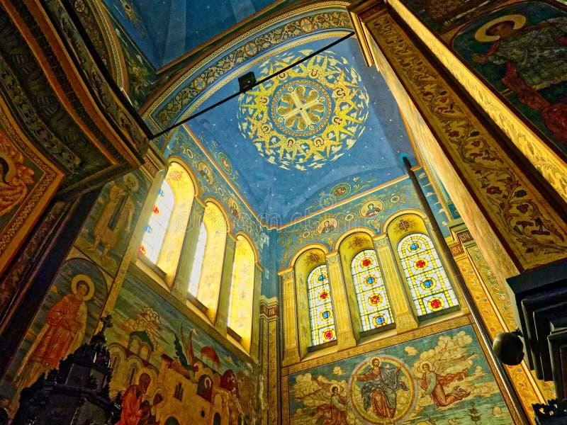 Innenraum von Dormition der Mutter der Gott-Kathedrale, Varna, stockbild