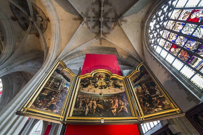 Innenraum von Notre- Damed'anvers Kathedrale, Anvers, Belgien lizenzfreies stockfoto